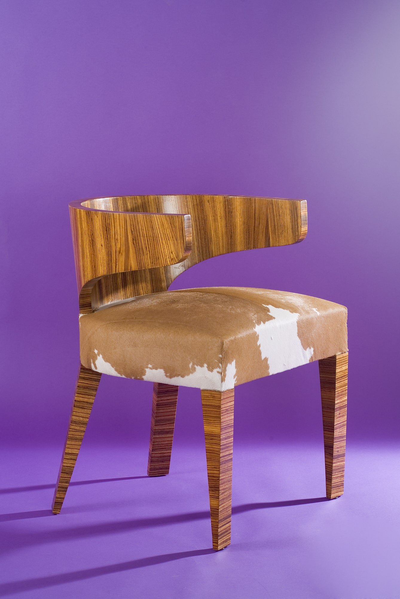'Zebrano' desk and its armchair, vue 06
