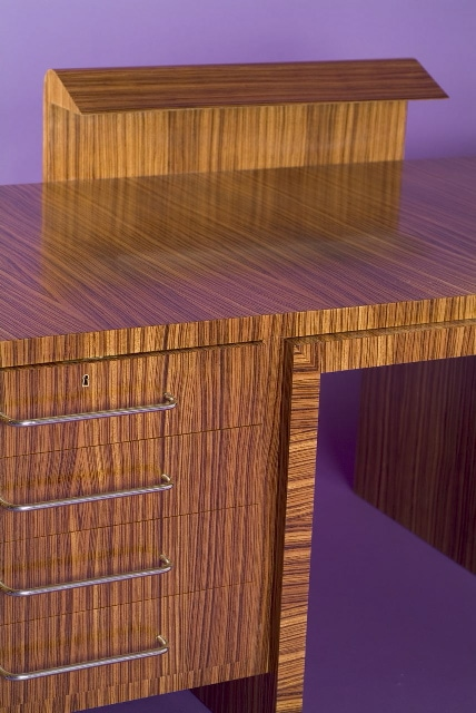 'Zebrano' desk and its armchair, vue 04