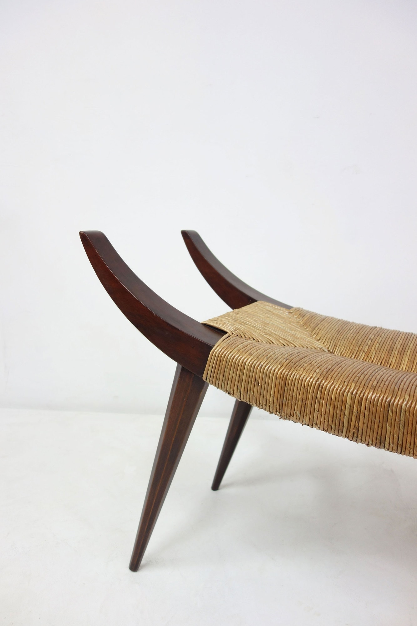 Victor Courtray, Important tabouret, vue 02