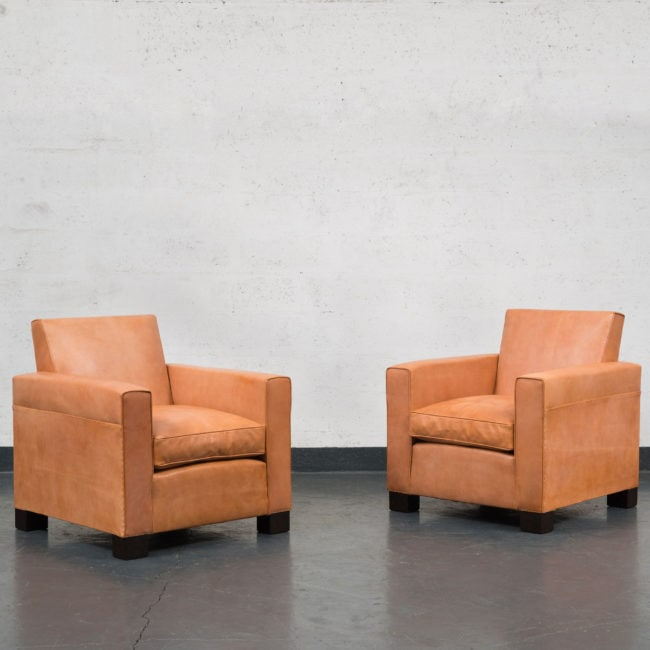 Jean-Charles Moreux, Rare pair of leather armchairs