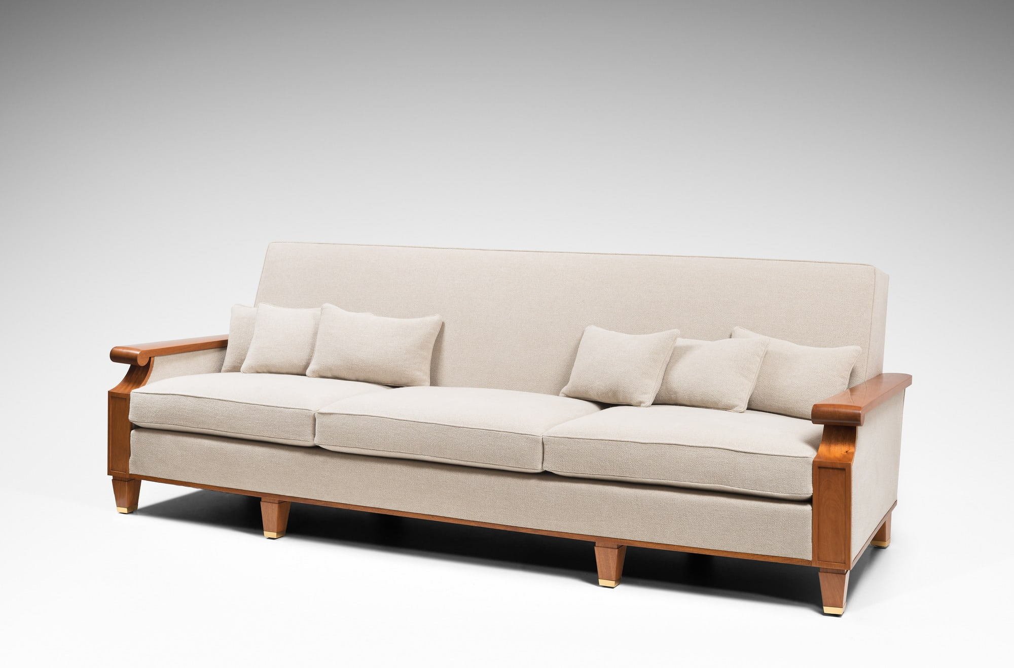 Important and rare sofa created for the Palais des Consuls in Rouen, vue 02