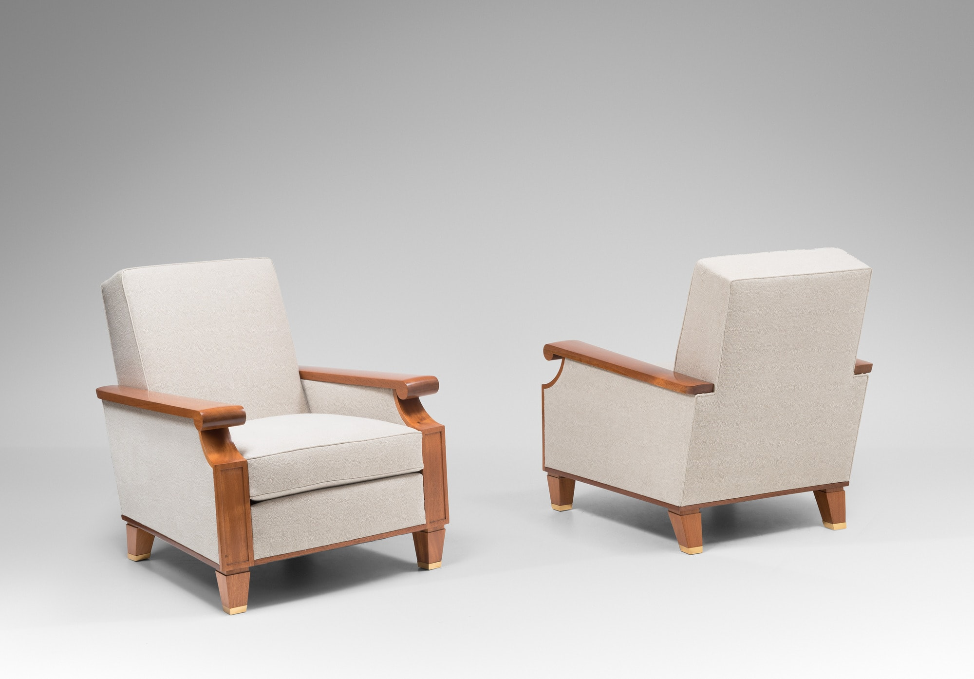 Important et rare pair of armchairs for the Palais des Consuls in Rouen, vue 03