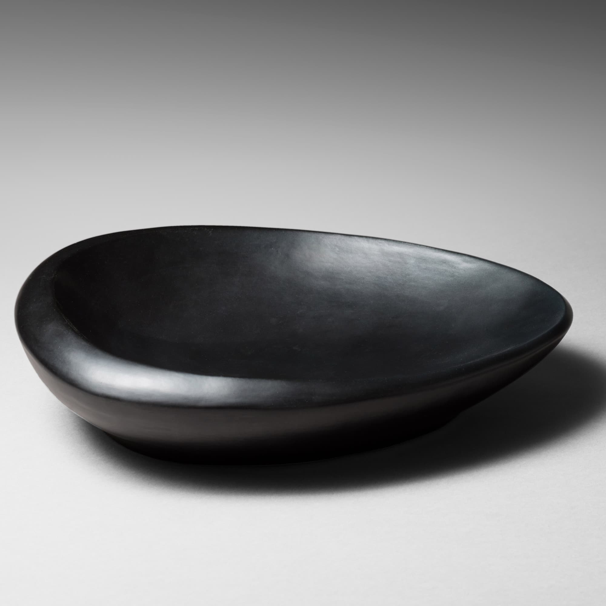Large free-shaped bowl, vue 01