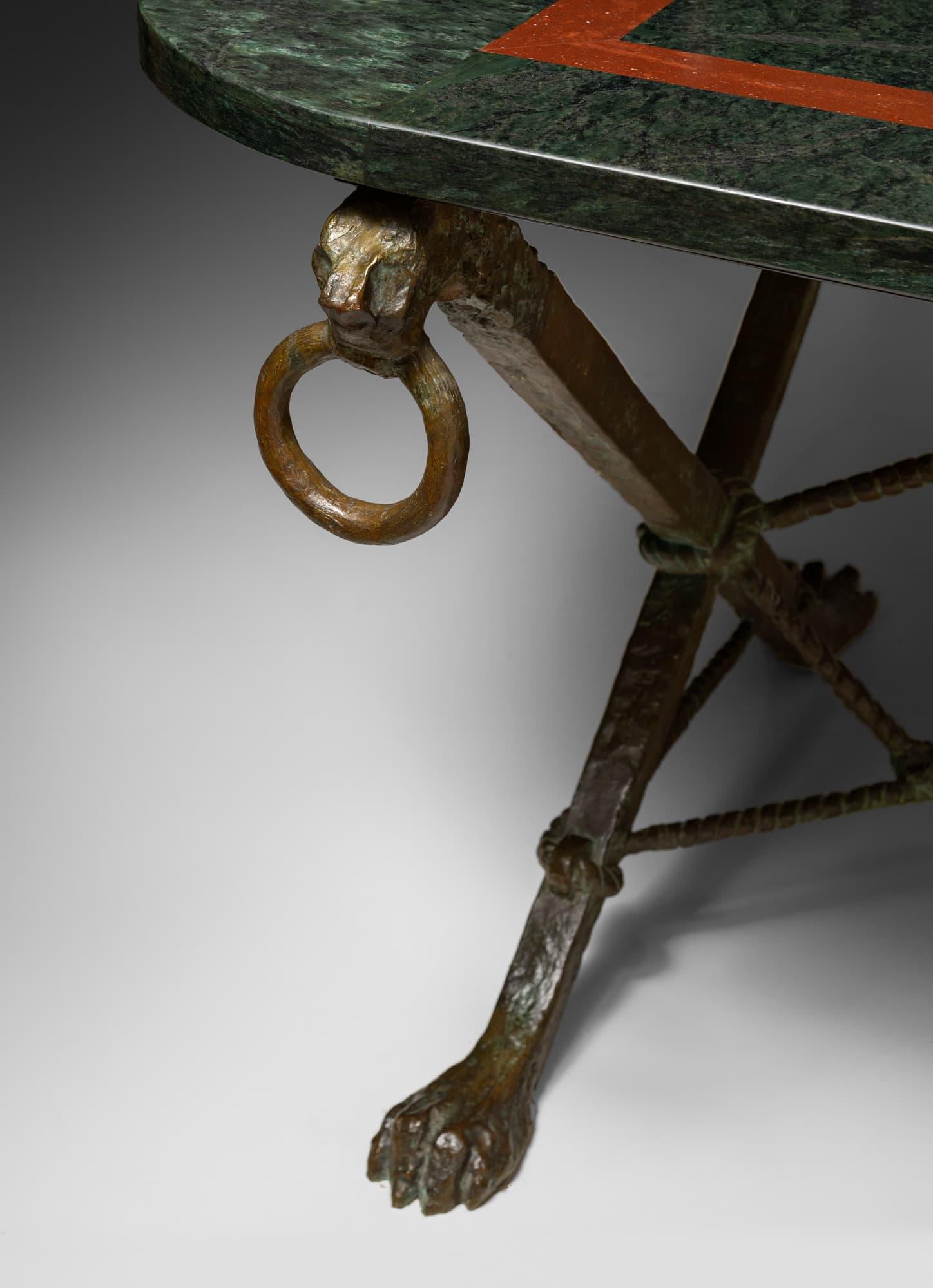 Rare et importante table, vue 02
