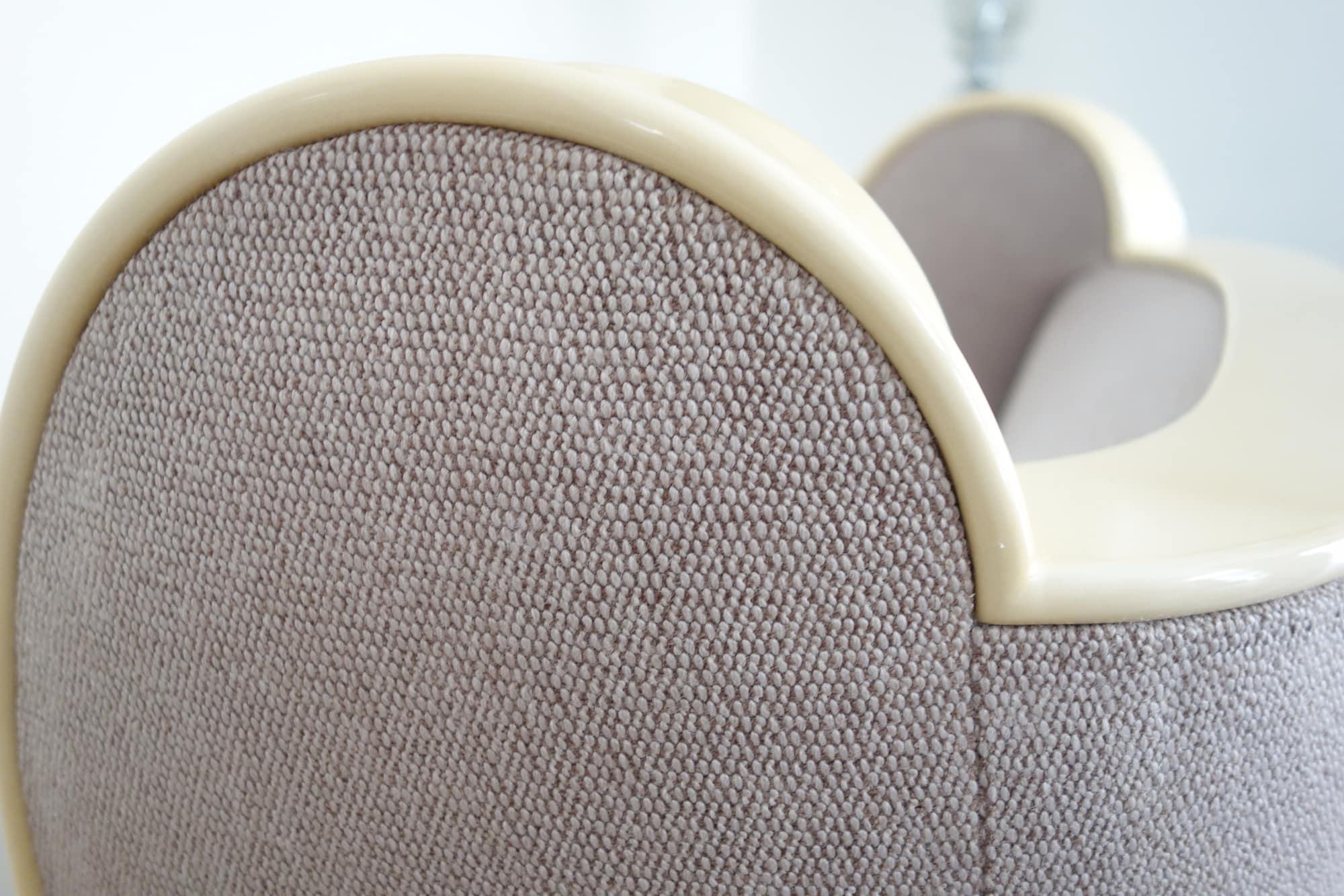 Paire de fauteuils, vue 03