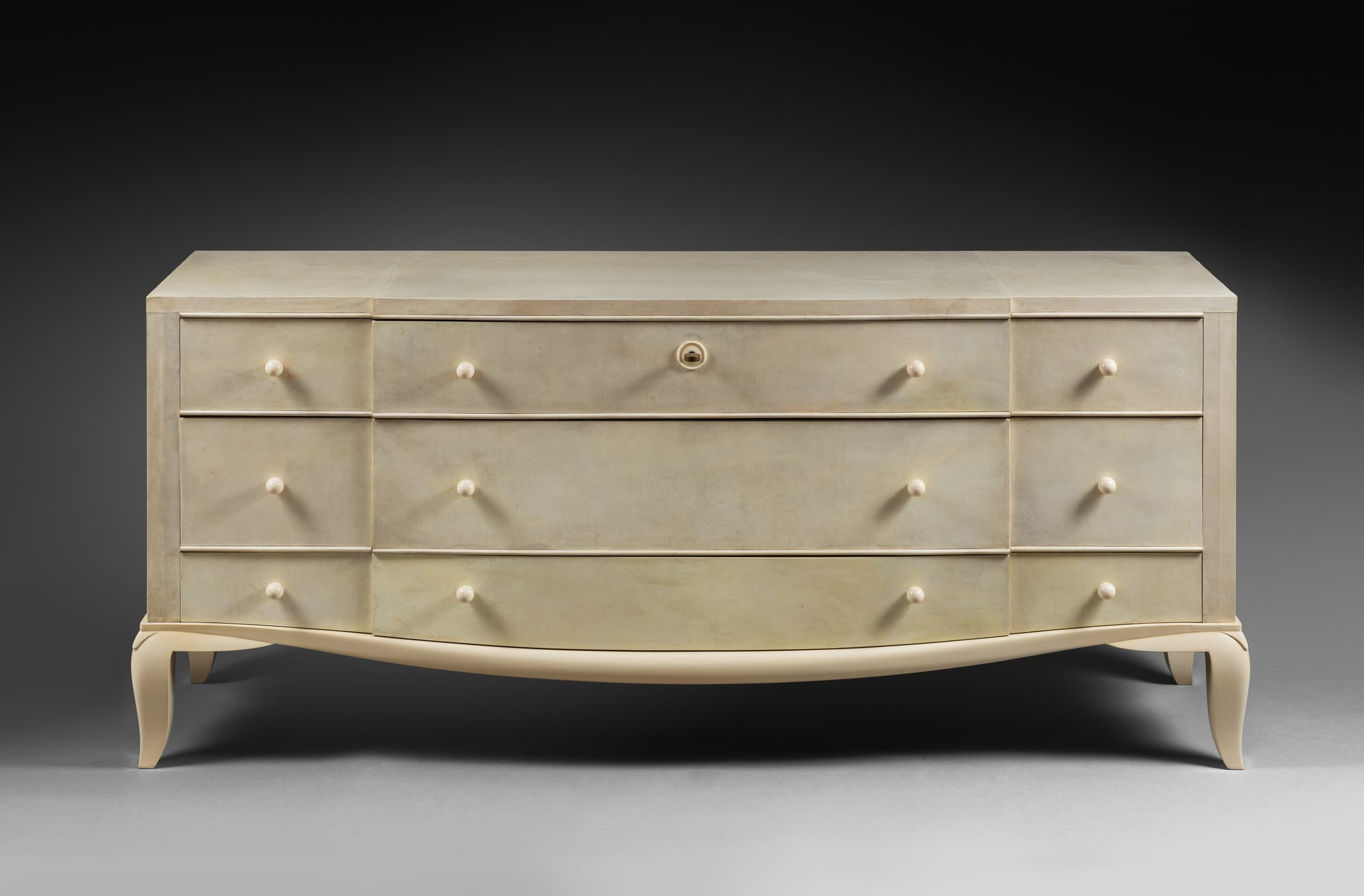 Rare 'pantalonniere' chest of drawers, vue 01