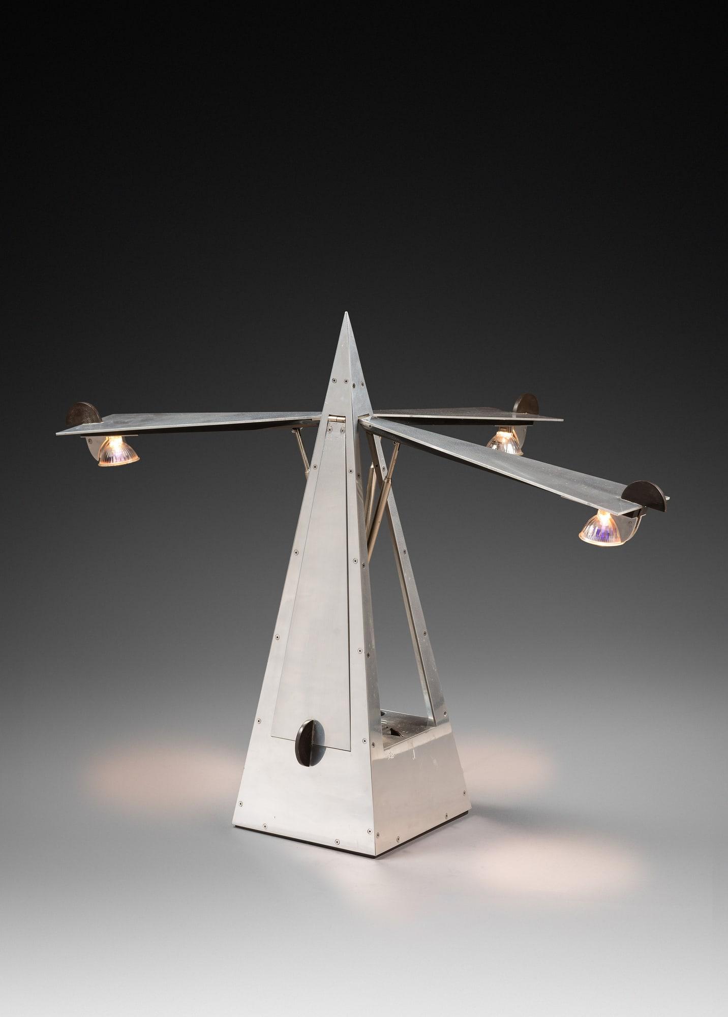 """Lampe """"Métronome"""", vue 01"""
