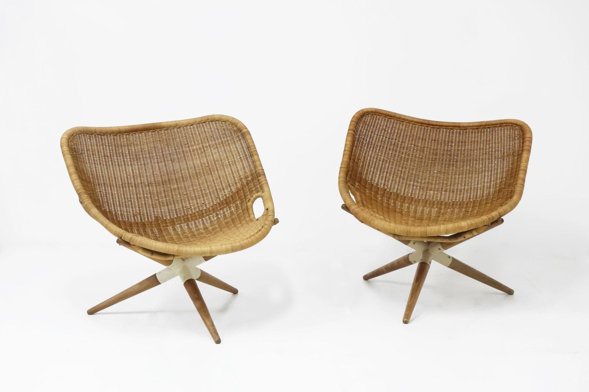 """Joseph-André Motte, Paire de fauteuils """"Chistera"""", vue 01"""