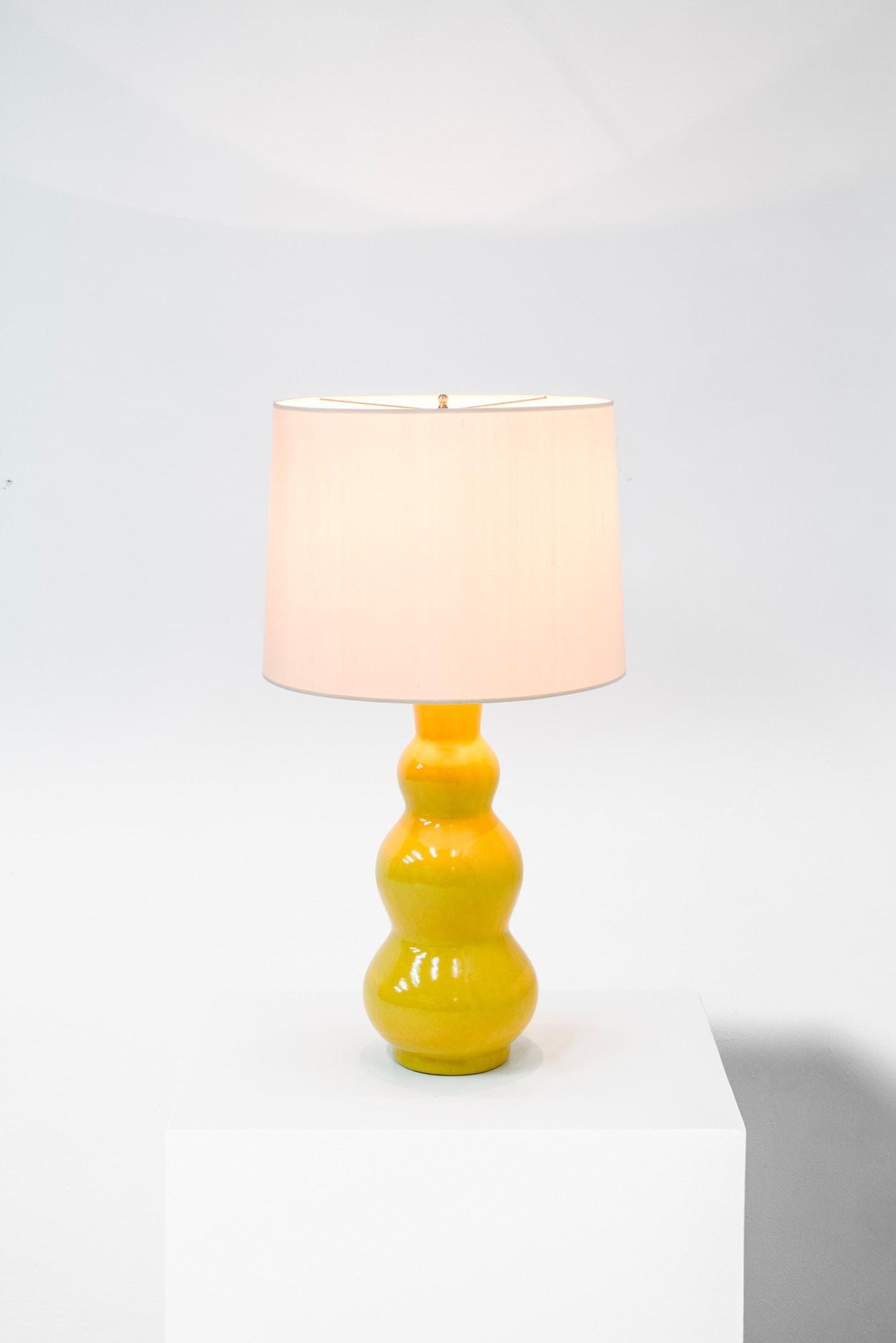 Ateliers Martine et Paul Poiret, Vase monté en lampe, vue 01