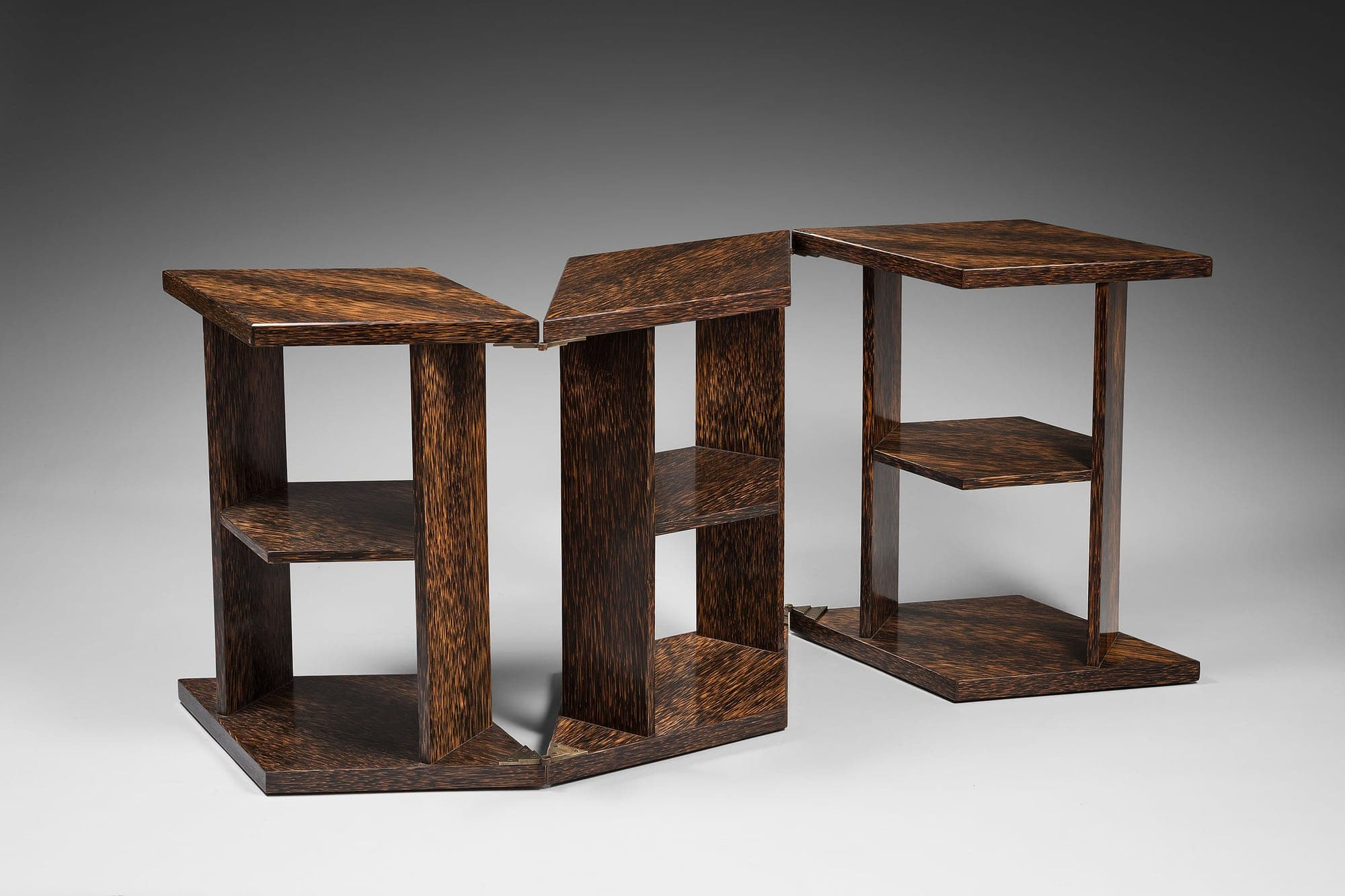 Eugène Printz, Rare et exceptionnelle table «Eventail» ou «Mouchoir» (vendu), vue 01