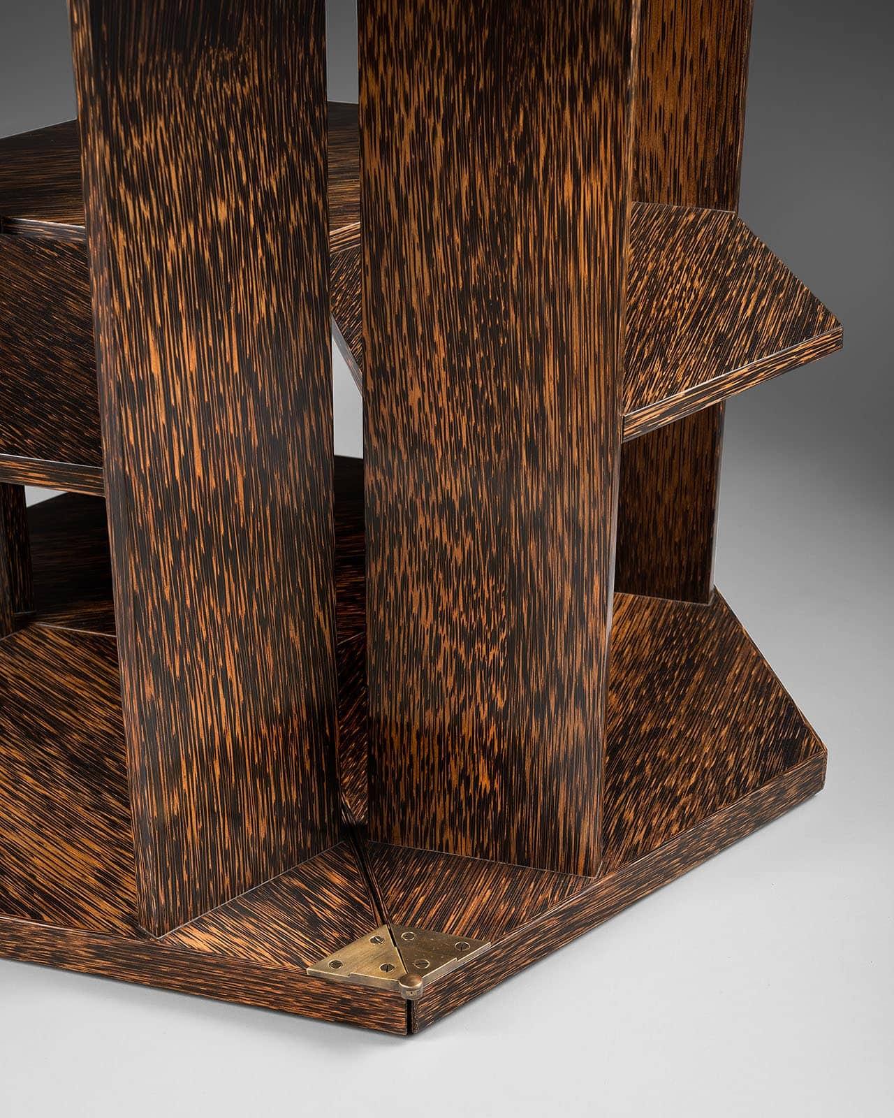 Eugène Printz, Rare et exceptionnelle table «Eventail» ou «Mouchoir» (vendu), vue 02