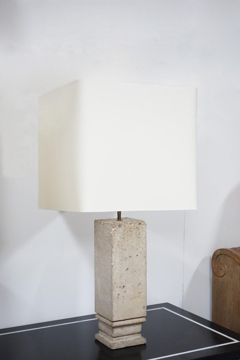 Jean-Charles Moreux, Pair of lamps, vue 03