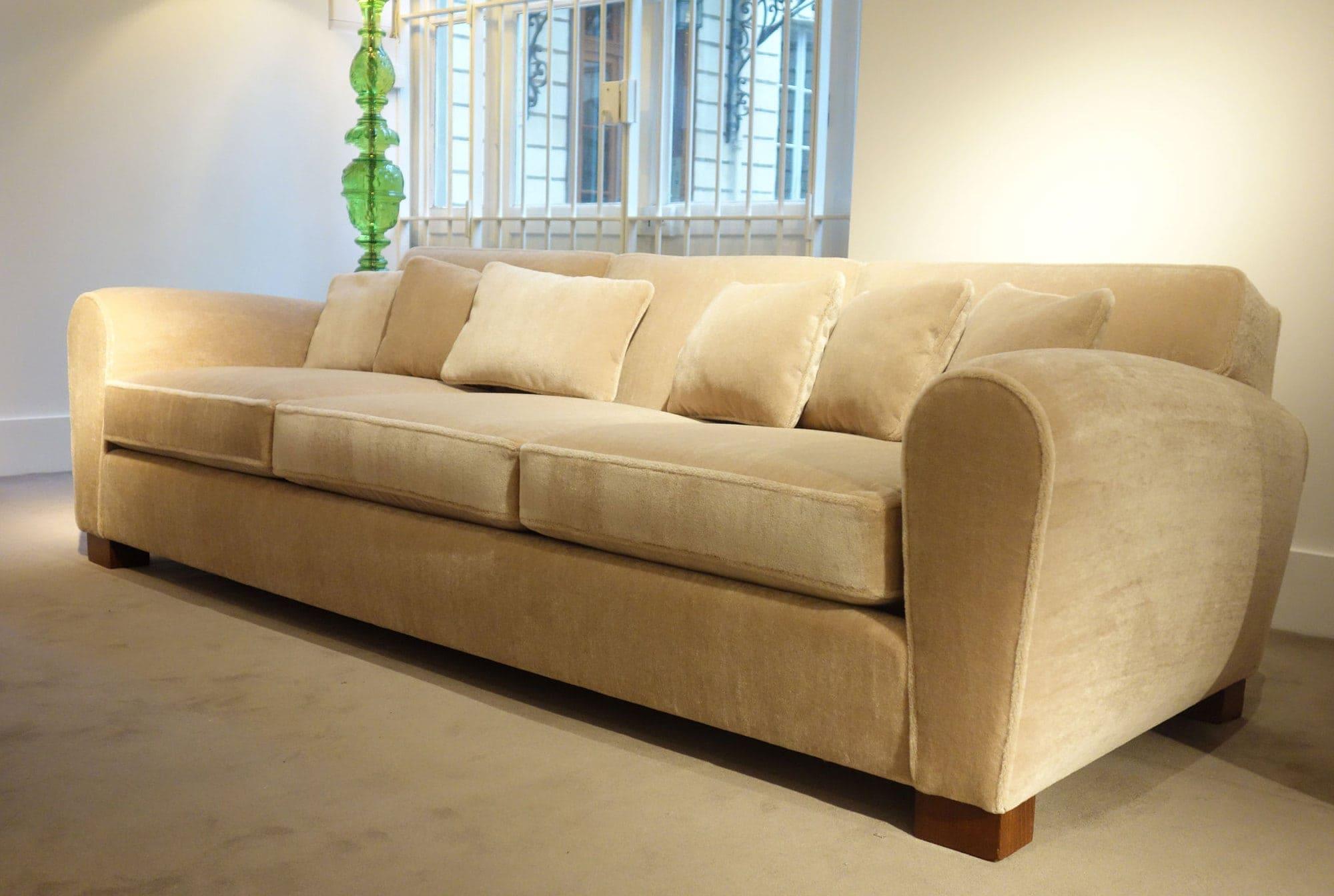 Jean Royère, Rare sofa (sold), vue 02