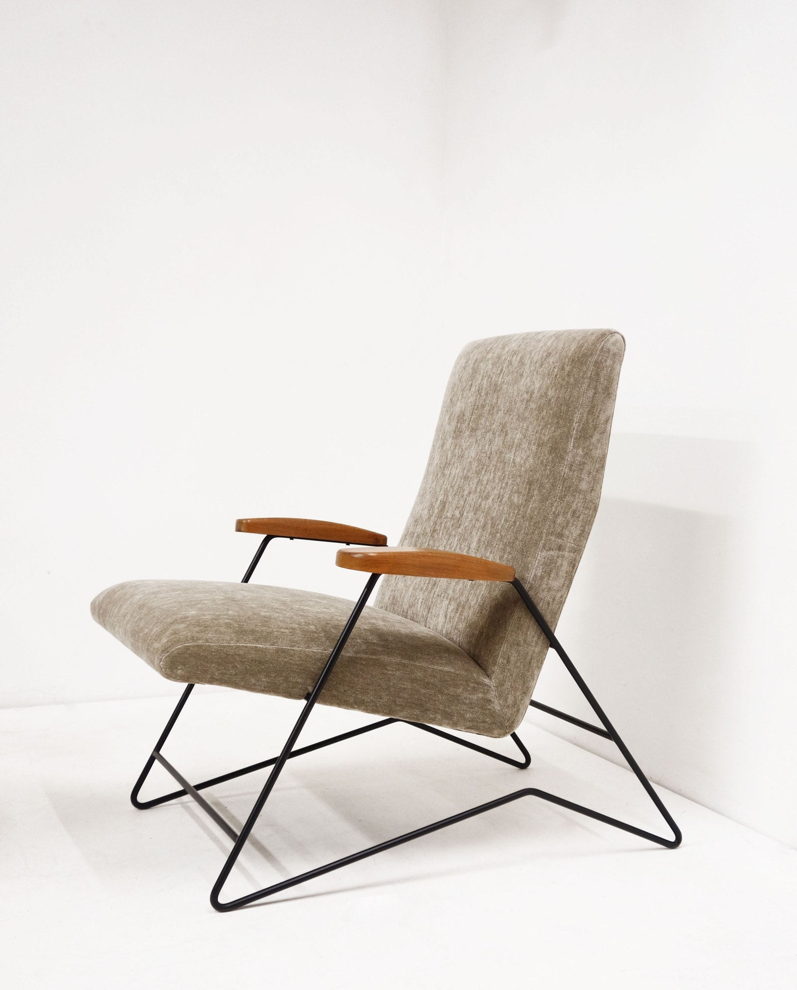 Carlo Hauner & Martin Eisler, Pair of armchairs, vue 03