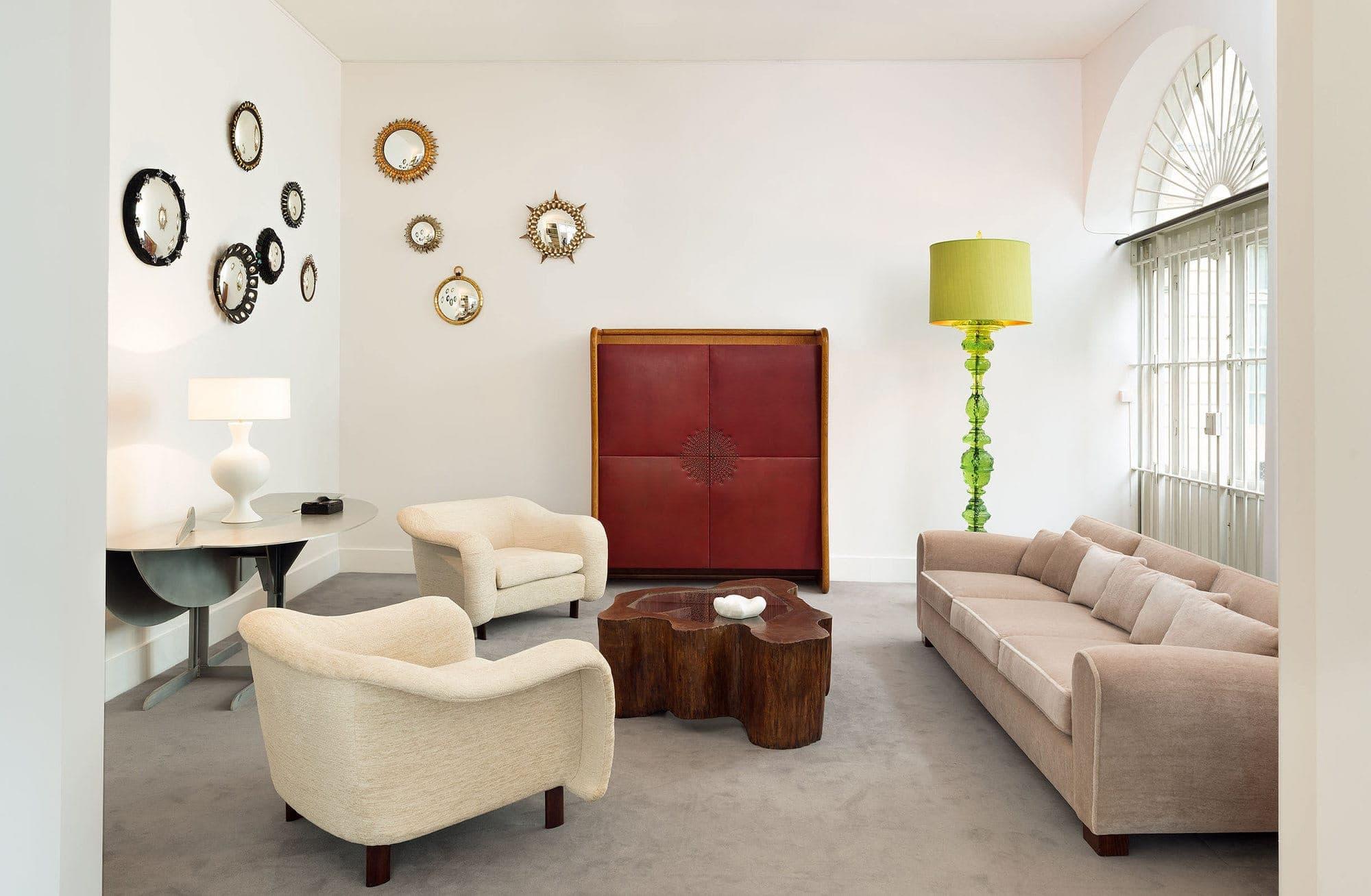 Jean Royère, Rare and elegant cabinet, vue 05