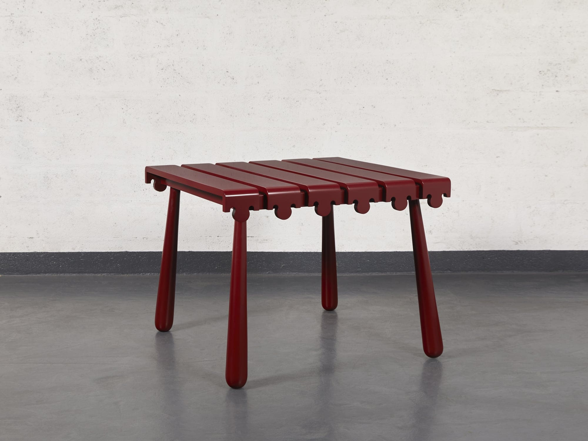 "Jean Royère, ""Quille"" table, vue 01"