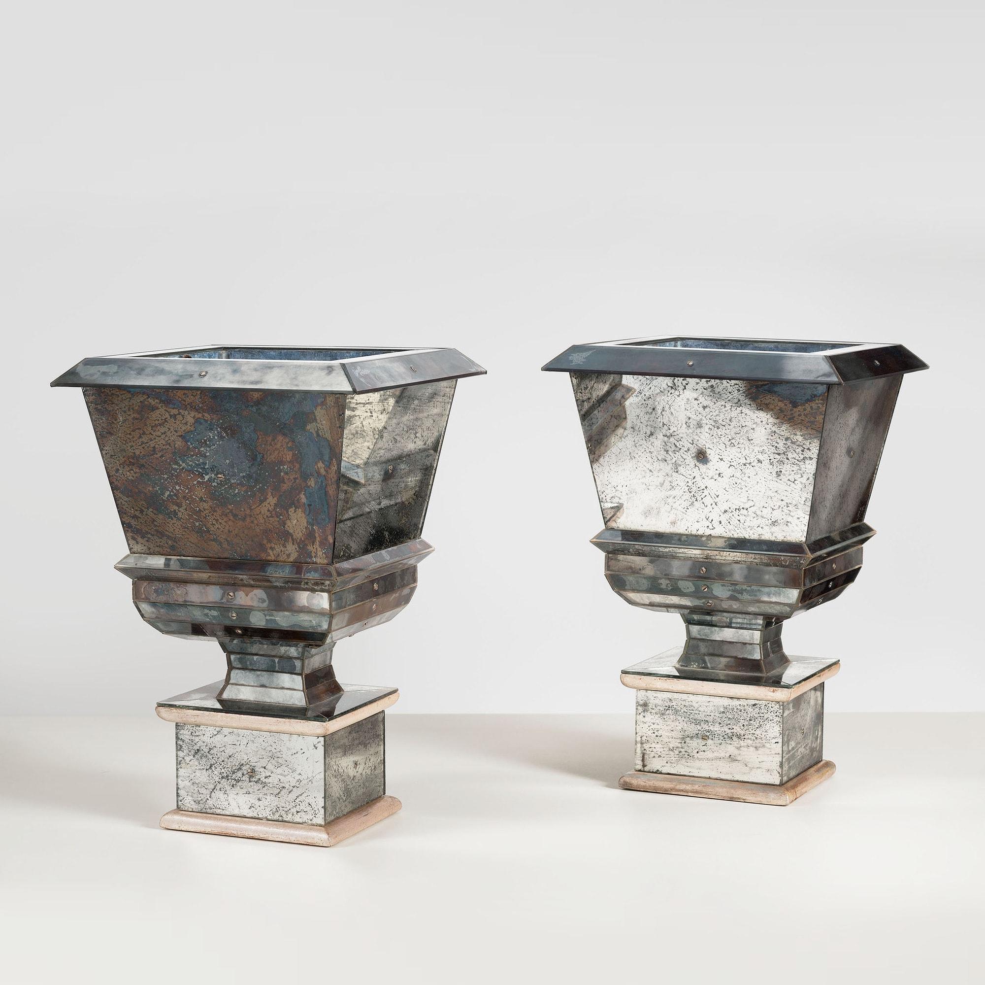 Serge Roche, Paire de vases «Médicis», vue 01