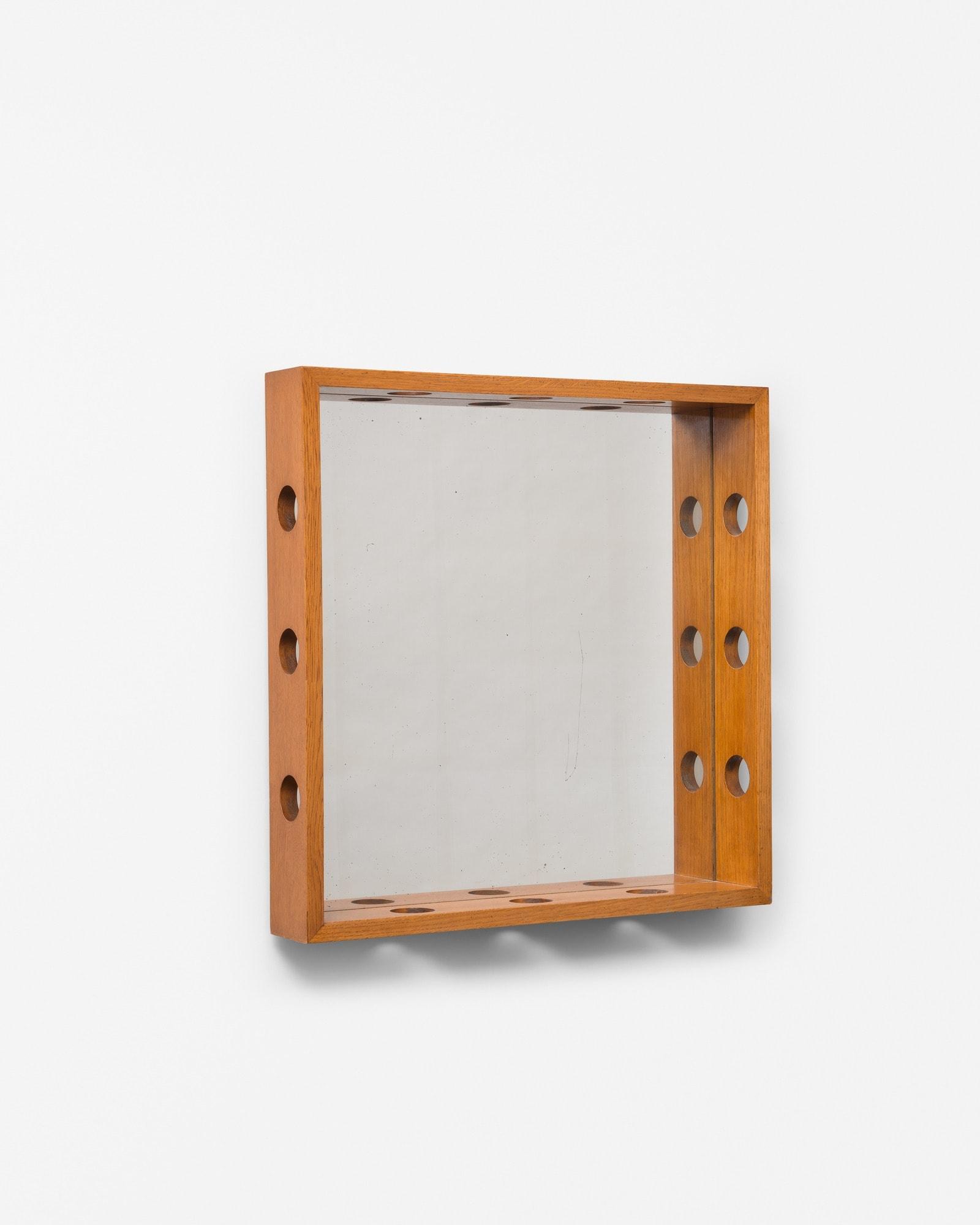 Jean Royère, Rare miroir en bois, vue 01