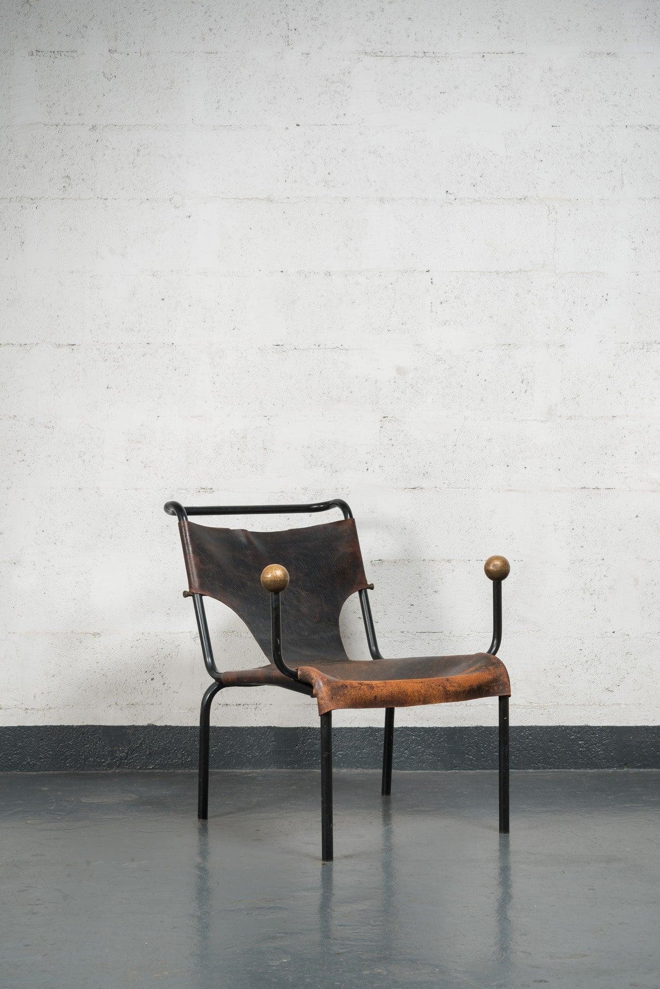 """Lina Bo Bardi, Rare et originale chaise """"Bola"""", vue 01"""