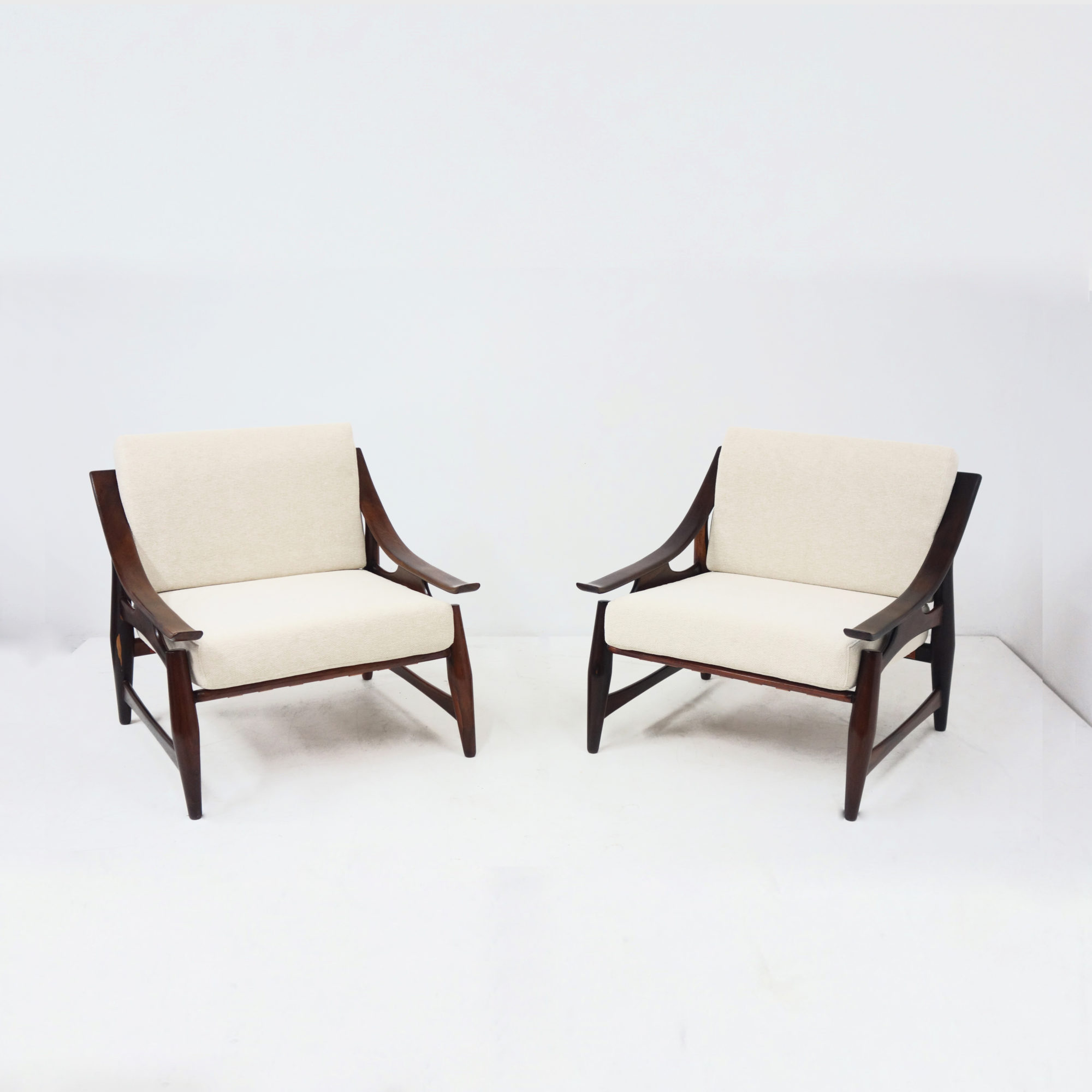 Liceu de Artes e Oficios, Paire de fauteuils, vue 01