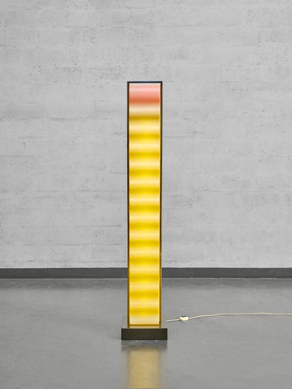 "Ettore Sottsass, ""Cometa"" floor lamp, vue 03"