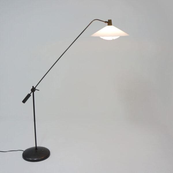 Robert Mathieu, Simple pendulum floor lamp