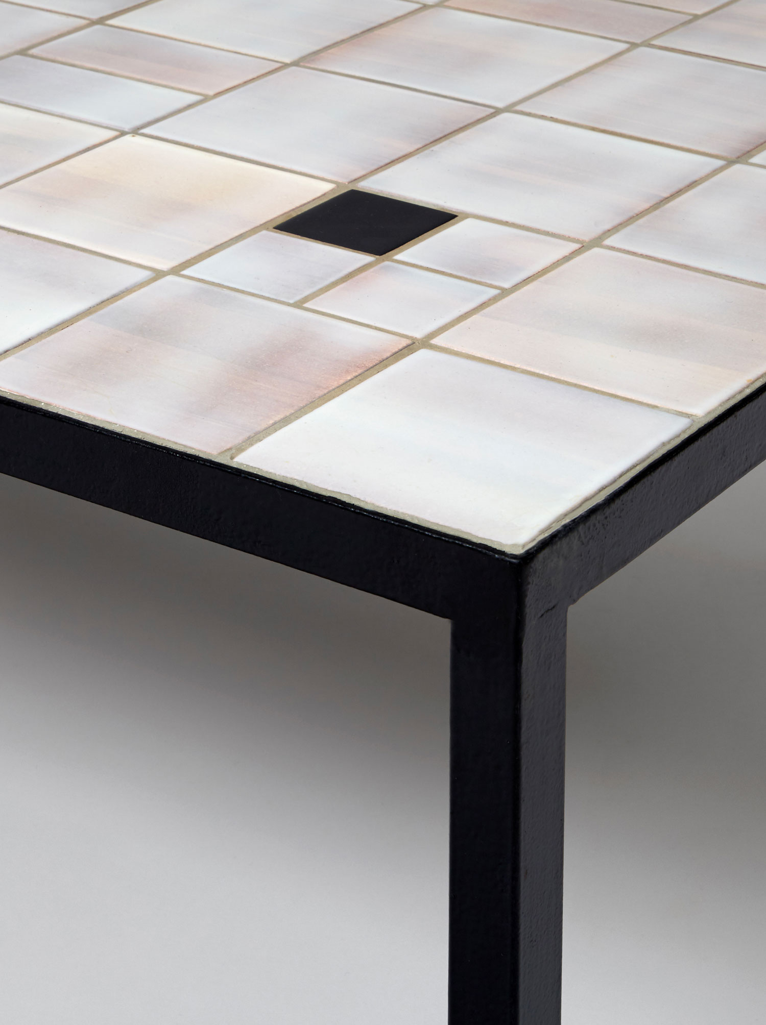 Georges Jouve, Table basse en céramique, vue 03