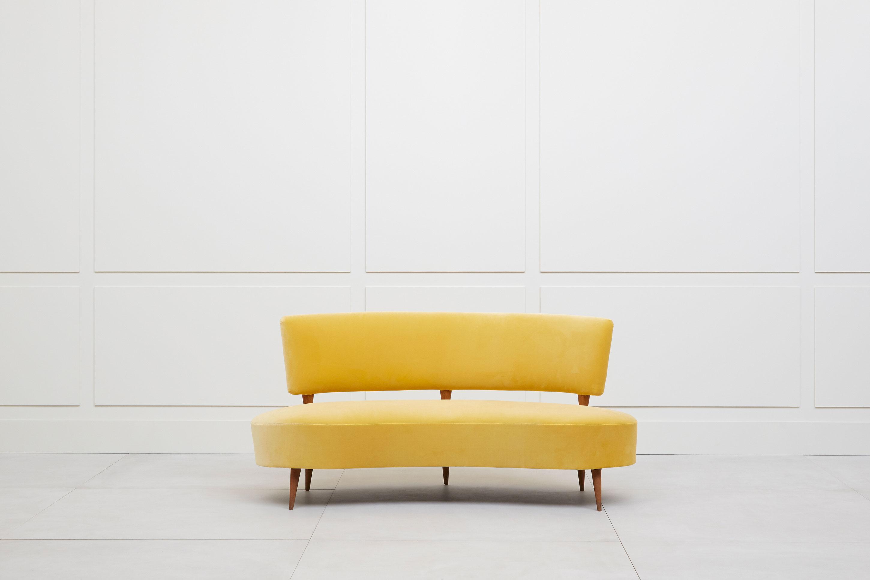Joaquim Tenreiro, sofa, vue 01