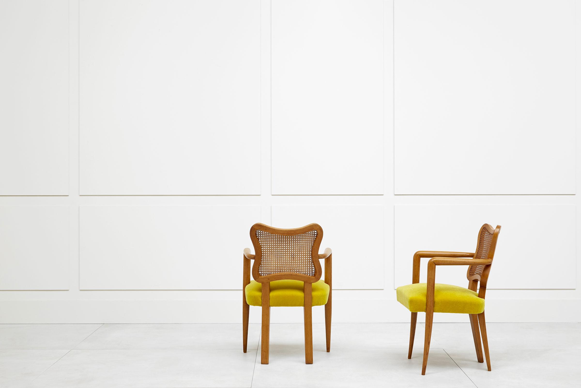 Jean Royère, Pair of «Trèfle» armchairs, vue 02
